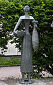 Linz-Urfahr - Drei Marktfrauen - von Walter Ritter - Detail II.jpg