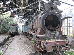 Locomotive à Tripoli (Liban).jpg