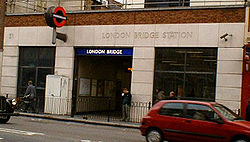 London bridge tube station.jpg