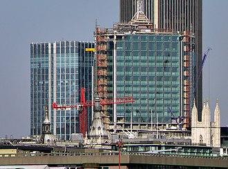 Stock Exchange Tower - Image: London stock exchange reclad 1