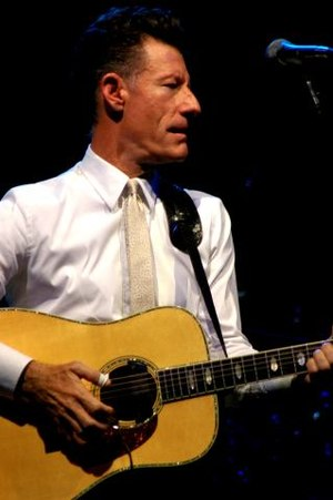 Lyle Lovett - Lovett in a 2005 concert