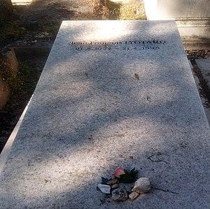 Jean-François Lyotard - Lyotard's grave at Le Père Lachaise Cemetery in Paris.