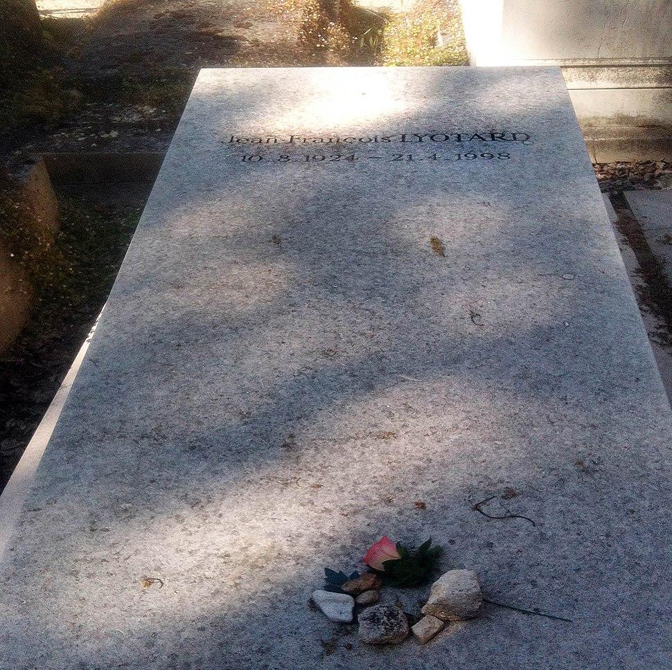 Lyotard grave, Paris