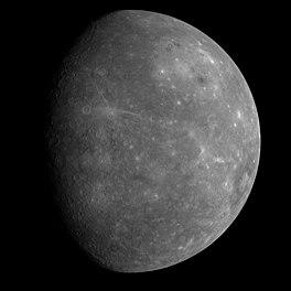 Een door MESSENGER gemaakte foto van Mercurius.Eerste foto van de nog nooit eerder waargenomen zijde van Mercurius. (14 januari 2008)