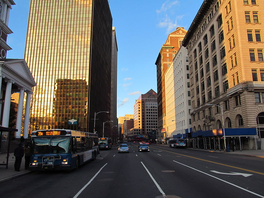 File:Main Street, Hartford CT.jpg - Wikimedia Commons