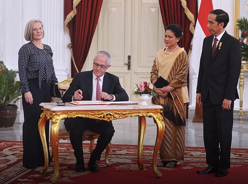 File:Malcolm Turnbull and Joko Widodo in Jakarta 06.jpg
