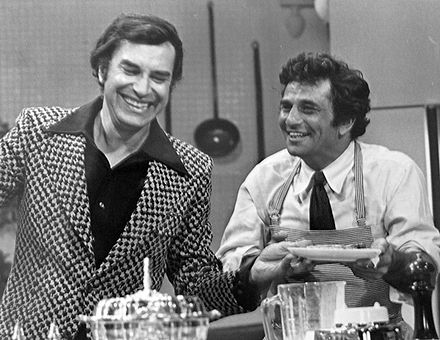 "As Lt. Columbo with Martin Landau in episode ""Double Shock"" where Landau played a dual role as twin brothers, 1973. Martin Landau Peter Falk Colombo 1973.JPG"