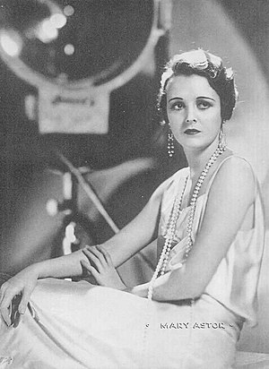 Mary Astor - A 1931 publicity photo of Astor for Argentinean Magazine