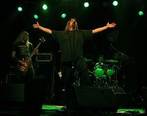 Dismember (band) - Image: Matti kärki dismember trastockfestivalen 2005
