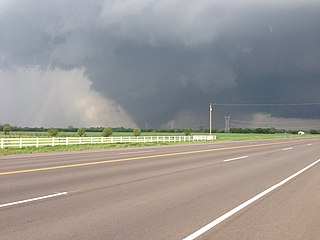 Moore Tornado By Ks0stm [CC-BY-SA-3.0]
