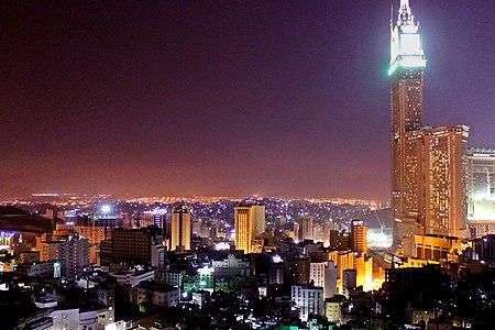 Mecca at night.jpg