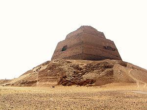 grandes pyramides les