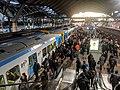 Melbourne Train Rush Hour 01.jpg