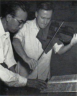 Menuhin and Konoye 1951.JPG