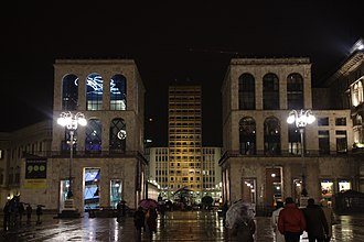 Palazzo dell'Arengario - Image: Milán, Duomo, průčelí