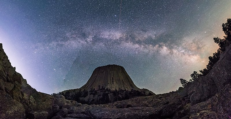 File:Milky Way over Devils Tower.jpg