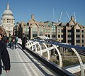 Millennium Bridge - geograph.org.uk - 1572092.jpg