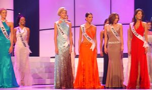 Miss USA 2004 - Miss USA contestants during rehearsals