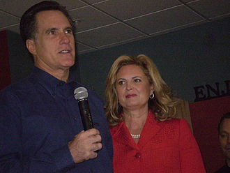 Ann Romney - Ann Romney with her husband, at a campaign stop in Altoona, Iowa, on December 29, 2007