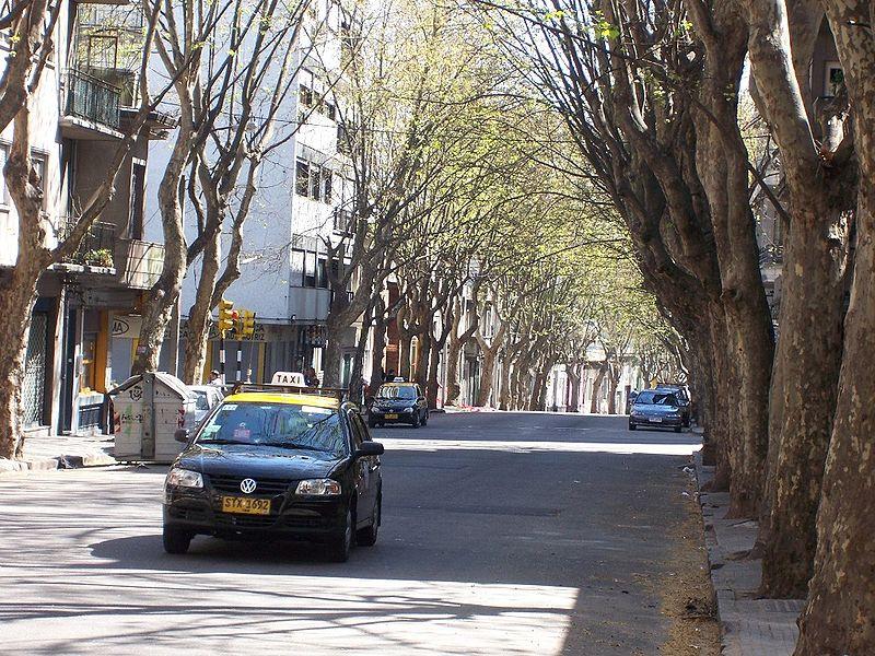 Quanto custa o táxi no Uruguai?
