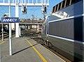 Motrice TGV Sud-Est attendant son départ d'Annecy en 2008.JPG