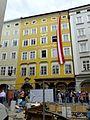 Mozarts Geburtshaus Getreidegaße Salzburg Austria - panoramio.jpg