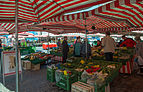 Nuremberg, Hauptmarkt and Frauenkirche 4662.jpg