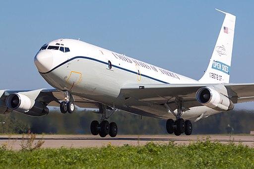OC-135B (29185770511)