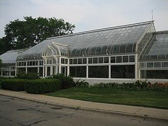 Oak Park Conservatory - Image: Oak Park Il Conservatory 1