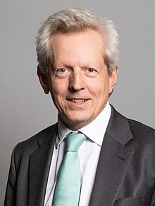 Official portrait of Richard Graham MP crop 2.jpg