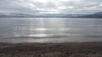Файл:Okanagan Lakeshore at Boyce-Gyro Beach on a Winter Afternoon.webm