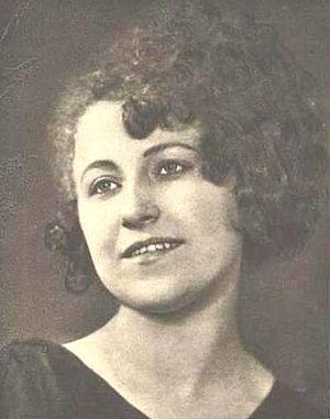 Olga Scheinpflugová - Image: Olga Scheinpflugová 1919 1 (cropped)