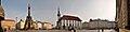 Olmuetz, Oberring mit Dreifaltigkeitssaeule, Rathaus und Brunnen (38559158656).jpg
