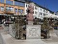 Osterbrunnen auf dem Markt in Reichenbach im Vogtland 2019 (2).JPG