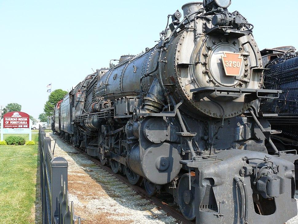 Pennsylvania Railroad class K4s - Howling Pixel