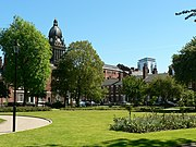 Park Square and Leeds Town Hall - geograph.org.uk - 183544