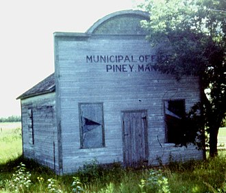 Piney, Manitoba - Image: Piney Municipal Office Aug 79