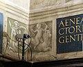 Pinturicchio e aiuti, fregio della cappella piccolomini con figure grottesche, 1502-1507, 04 putti su cavallo e bue marino.JPG