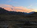 Plateau d'emparis, (2250 m.) Zicht vanuit Refuge des Mouterres 01.JPG