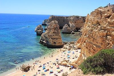 Pantai Praia da Marinha di Algarve, Portugal