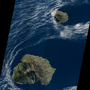 Prince Edward Islands, EO-1 ALI satellite image, 5 May 2009.jpg