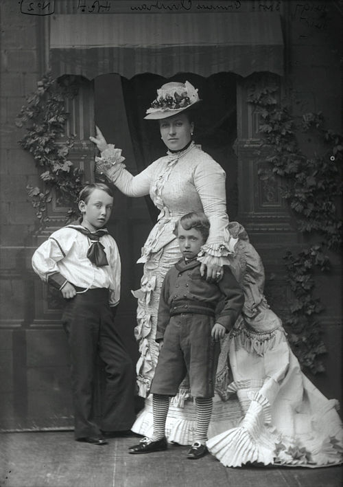 Princess Helena Augusta Victoria of Schleswig-Holstein with her two eldest children by Alexander Bassano.jpg
