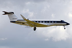 Private, M-NGNG, Gulfstream G650 (21300858965).jpg