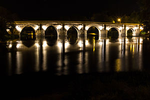 Roman bridge of Lugo - The roman bridge at night