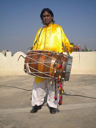 Bhangra (dance) - Image: Punjabi Pengra Drummer