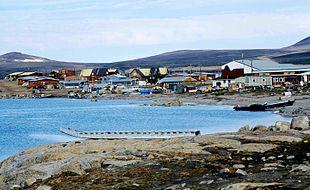 Qikiqtarjuaq in 2001