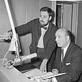Radionachtuitzending verkiezingen in Amerika, Henk Neuman (r) en naast hem Kees , Bestanddeelnr 917-0892.jpg