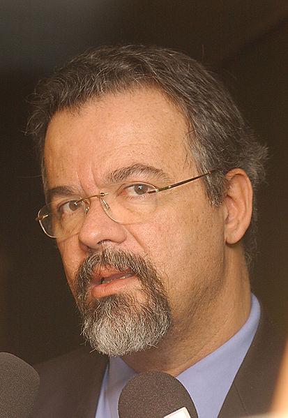 Brasiliens Übergangsregierung - Temer und seine Männer 413px-RaulJungmann