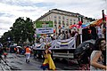 Regenbogenparade 2015 Wien 0058 (18992430335).jpg