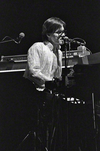 Roger Powell (musician) - Powell performing at a concert in Arcosanti with Utopia, 1978